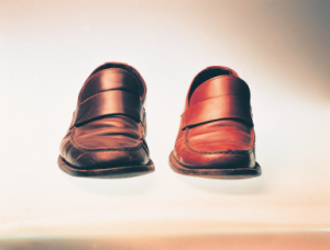 Khalil Rabah, Right and Right, 1999. Two shoes, shoe size 41, shoe size 43.